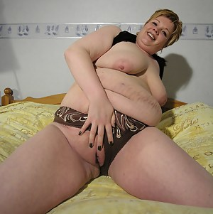 Mature Fat Pussy Porn Pictures