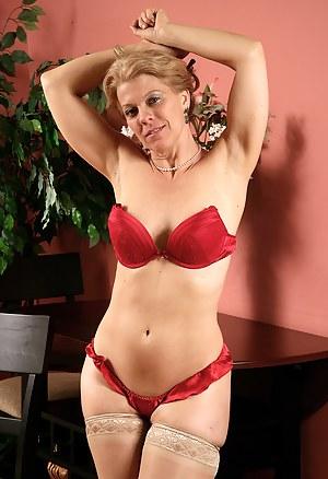 Mature Erotic Porn Pictures