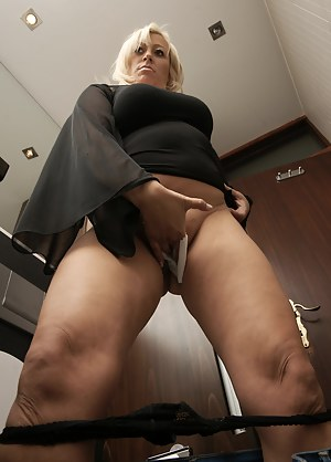 Toilet on mature nude housewives