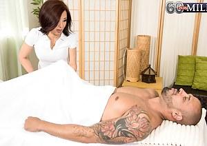 Mature Massage Porn Pictures