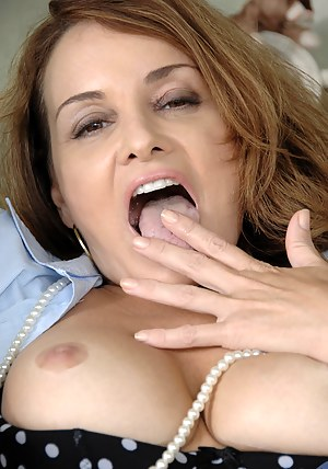 Mature Tongue Porn Pictures