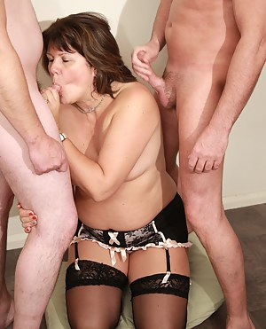 Mature MMF Porn Pictures