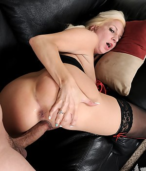 Mature Ass Fucking Porn Pictures