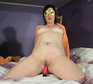 Mature Blindfold Porn Pictures