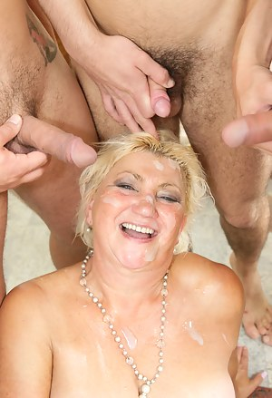 Cum on Mature Tits Porn Pictures
